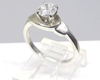 Diamond Engagement Ring White Gold 1960-s