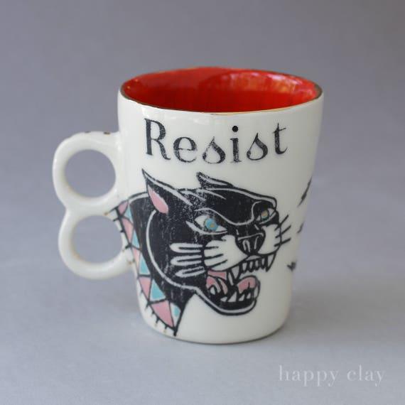RESIST Mug red interior