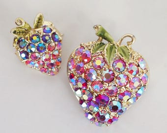 60s Pink Aurora Borealis Strawberry Brooches - Set of Two Scatter Pins