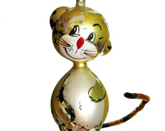 Vintage Figural Blown Glass Tabby CAT or Tiger Ornament / De Carlini Glass / Figural Cat Novelty Christmas Tree Ornament / Pipe Cleaner Tail