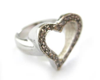 Vintage Open Heart Cocktail Ring / Sterling Silver Ring / Rhinestones / Gift for Her / Cocktail Ring / Valentine Sweetheart Jewelry / Size 6
