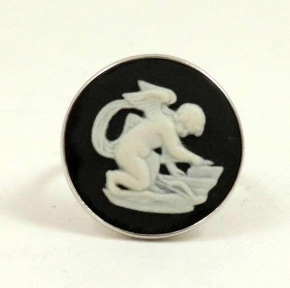 Vintage Wedgwood Sterling Silver Black Jasper Cameo Ring