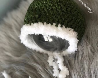 Newborn pixie hat.. forest green winter hat.. photography prop.. ready to ship