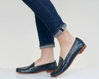 1980s Navy Nordstrom Penny Loafers // Size 8