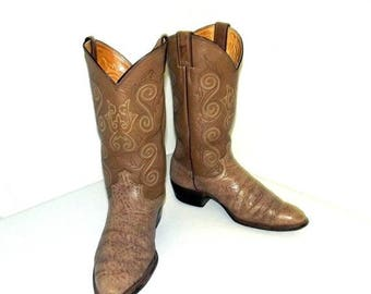 Tan brown Justin brand  Cowboy boots size 9 d or cowgirl size 10.5