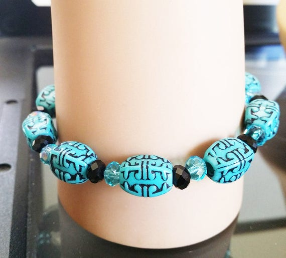 beaded bracelet stretch western bracelet blue black acrylic glass bead boho hippy gypsy handmade