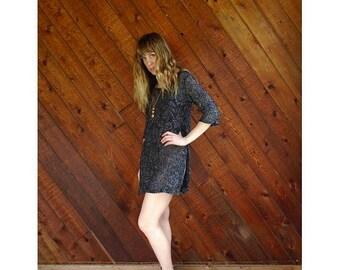 15% Memorial Day Wknd ... Metallic Crocheted Floral Mini Dress - Vintage 70s - XS/S Petite