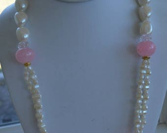 ON SALE Pretty Vintage Faux Pearls, Pink Plastic Beads, Gold tone Necklace, Richelieu, New Old Stock