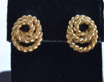 MONET Gold tone Rope Pierced Earrings, Vintage (J7)
