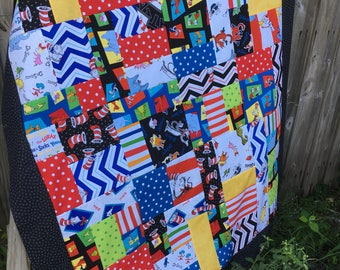 Dr. Seuss - Cat in the Hat Unfinished Baby Sized Quilt Top - 43 x 52 inch / Grinch / Horton Hears a Who / Thing 1 Thing 2 / black, white DIY