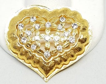 Monet Gorgeous Heart Pin Gold Tone Vintage with Rinestones