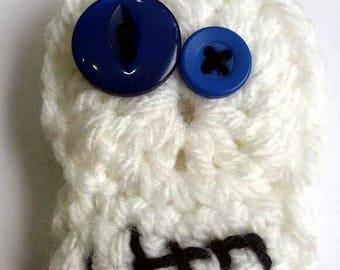 Crochet skull brooch  - blue skull badge - skull pin
