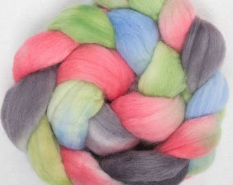 Corriedale, Corino combed tops, Falklands Merino, Hand painted spinning wool, felting projects, hand spinning, spindling, hand dyed Posy