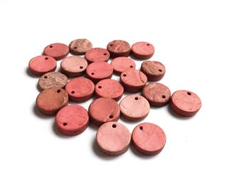 20 Rustic Coconut Beads Shell, flat round charms or pendants 14mm - Pink