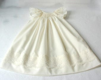 READY TO SHIP in Size 0-3mos and 3-6mos only / Ivory Smocked Baby Dress, Smocked Christening dress/ Hand smocked christening gown