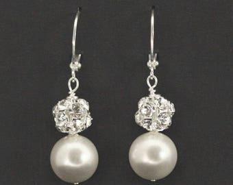Reserved -- Set of 6 -- Pearl Bridesmaid Earrings, Wedding Earrings, Swarovski Crystal Pearl Wedding Jewelry - VERA