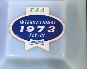 Vintage 1973 E.A.A. Experimental Aircraft Association International Fly-In Baby Blue Square Glass ASH TRAY with Original Sticker