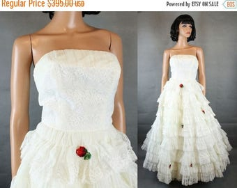 ON SALE 50s Wedding Gown XS Off White Tiered Lace Chiffon Tulle Strapless Prom Dress Free Us Shipping