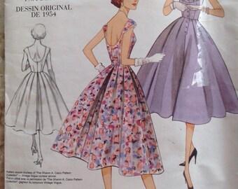 Vintage Vogue Original V2960 1950s Design Dress • size 4-6-8