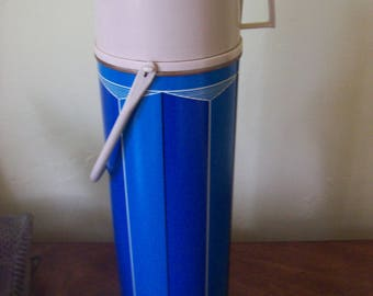 King Seeley Thermos Co Norwich Conn USA Blue Stripes