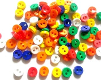 100 pcs Tiny Buttons micro buttons 2 holes size 6mm Mix hot tone