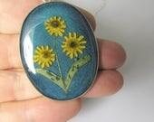Mini Sunflowers on Teal,  Pressed Flower Pendant, Real Flowers,Pressed Flower Jewelry, Resin (3098)