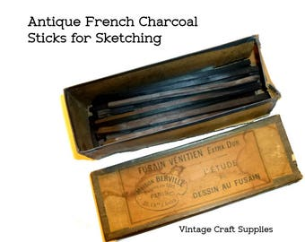 Antique French Sketching Charcoal Sticks, Pencils, or Crayons. Original Box Circa 1890s. Fusain Vénitien Extra Dur. Great for Drawing.