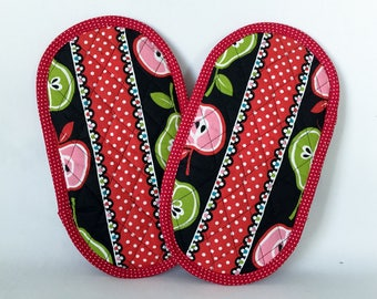 Pot Grabbers Pot Holders Pair Apples and Pears Stripe Red Pink Green Black