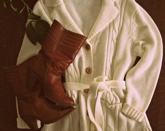 Spring SALE Vintage 70s wrap sweater / cream cable knit cardigan / Boho Hippie Folk sweater