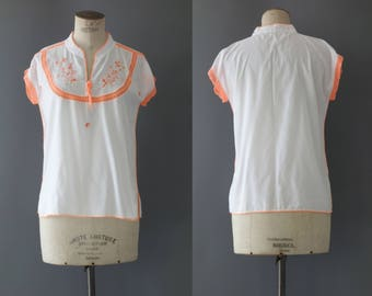 Hippie embroidered blouse with white cotton | 1970's by cubevintage | medium