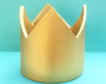 "Gold gumpaste crown for 5"" and 6"" cakes - Gold Crown - 1st Birthday Crown - Princess Crown - Crown cake topper"