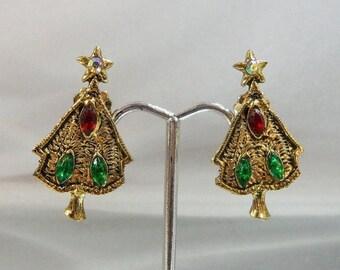 SALE Vintage Christmas Earrings. Christmas Trees. Red Green Rhinestones. Holiday Earrings.