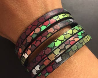 Mermaid Scales Leather Bracelet - Scales Printed Cuff Bracelet - Magnetic Closure Bracelet