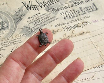 Tiny Turtle charms - 17mm - dark antiqued brass (6 charms) aged black patina, lead nickel free, pond life, sea creature