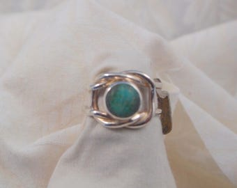 Turquoise Knot Ring Size 5 3/4 in Sterling Silver
