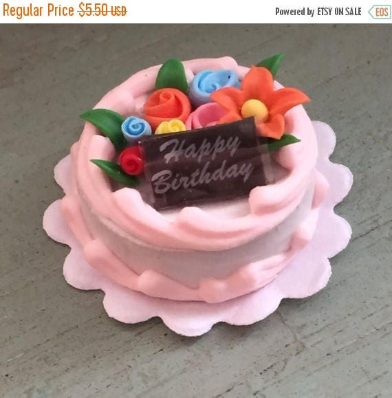 ON SALE Miniature Birthday Cake With Flowers, Mini Frosted Cake, Dollhouse Miniature, 1:12 Scale, Miniature Food, Dollhouse Decor, Accessory