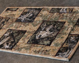 Beige Brown  Wolf Lodge  Northwoods 21 X 12 Table Runner Topper