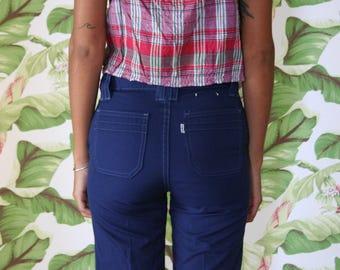Vintage Levi's Jeans / 1970's Navy Blue Vintage Flared Pants / White Tab Levi's / Mid rise Pants