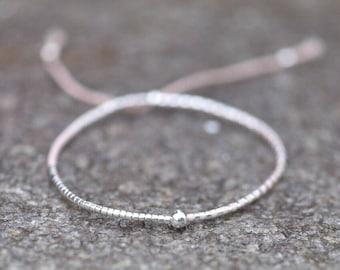Tiny Bracelet / Bracelet / friendship bracelet / bridesmade gift