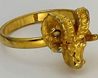 Rams Head Gold Metal Adjustable Ring