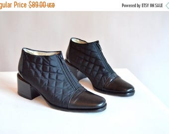 25% off Storewide // Vintage STEPHANE de RAUCOURT quilted leather shoes / 6