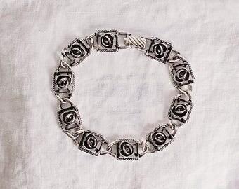 Silver tone Sarah Coventy Flower Squares Vintage Bracelet