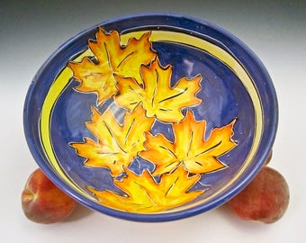 Large Ceramic Serving Bowl - Maple Leaf - Majolica Bowl - Kitchen Pottery Bowl - Wedding Gift for Her - Tree Leaves - Fruit Bowl - Clay Bowl