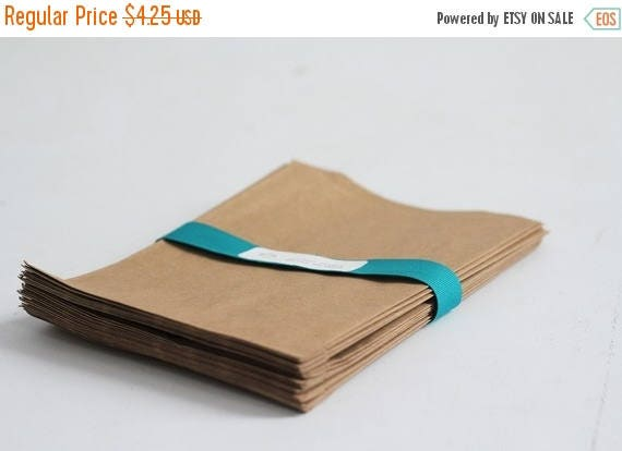ON SALE Kraft Paper Bags Lot of 25  4x6    Rustic Wedding Favor Bags, Candy Bags, Cookie Bags, Photo Print Bags, Gift Card Bags