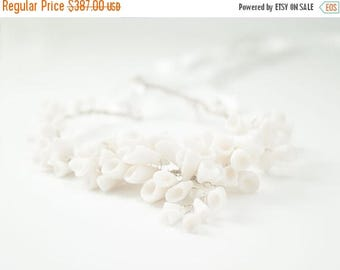 SALE White Statement Necklace , Calla lilies White Porcelain Flowers , Sterling Silver Bridal Necklace, Flower Wedding Jewelry, Chunky Neckl