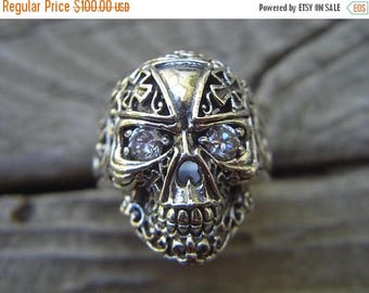 ON SALE Skull ring in sterling silver with cz's in the eyes
