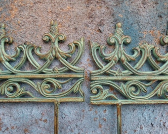 2 Cast Iron Flower Garden Fence Border Stakes Architectural Salvage Rustic  Green Decorative Shabby French Country