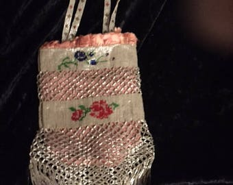 Beaded Bag Vintage with Rose and capiz shimmery beading (FFs1188)