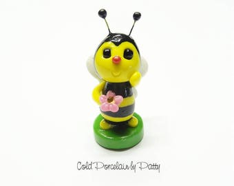 Cold Porcelain Bee Figurine, Bee Cake Topper, Bumble Bee, Honey Bee, Miniature Bee Decor, Bee Cupcake Topper, Clay Bee Sculpture, Bee Gift