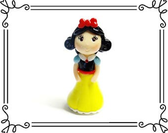 Cold Porcelain Clay Princess Snow White Figurine, Snow White Ornament, Cake or Cupcake Topper, Pendant, Clay Charm, Purse Charm, DIY Jewelry